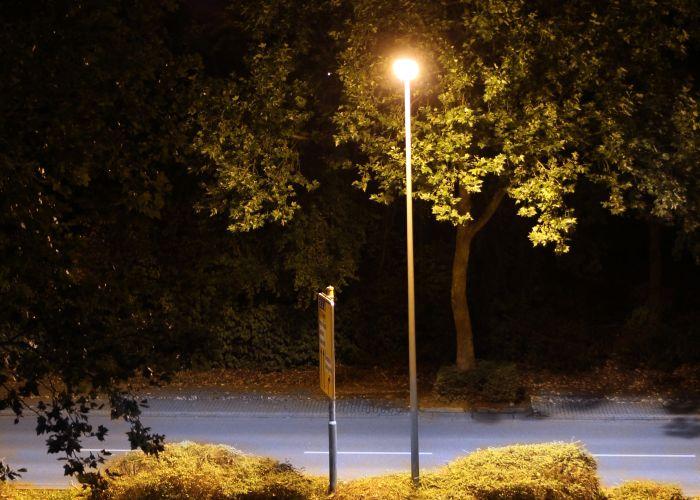 Straßenlaterne, Foto: Dirk Maus, pixelio.de