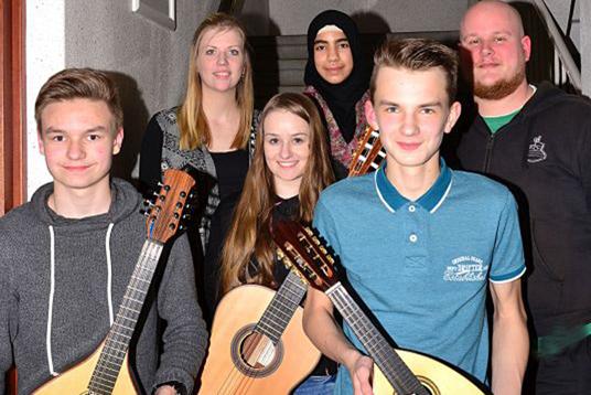 Das Bild zeigt die Musikschüler.