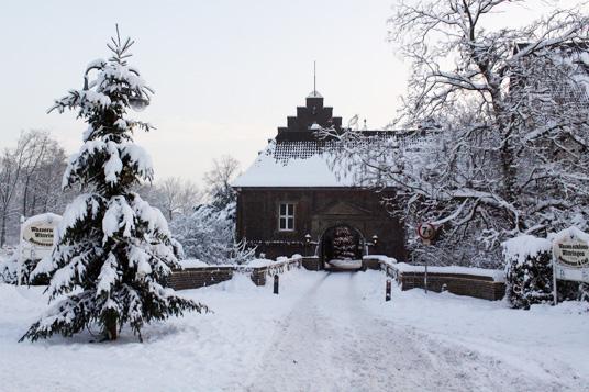 Das Bild zeigt Wittringen im Winter