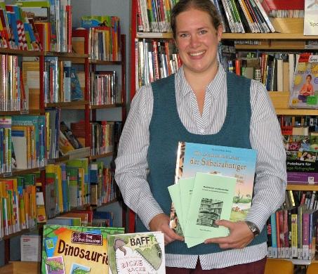 Diplom-Bibliothekarin Christina Theling (Stadtbücherei Recklinghausen) stellt das neue Service-Angebot vor.
