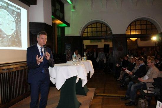 Bürgermeister Christoph Tesche begrüßte die Besucher der dritten Altstadtkonferenz.
