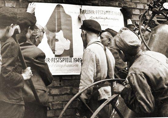 Bergarbeiter bei Ruhrfestspielen