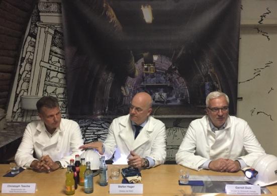 Von links: Bürgermeister Christoph Tesche, RAG-Direktor Stefan Hager und Wirtschaftsminister Garrelt Duin