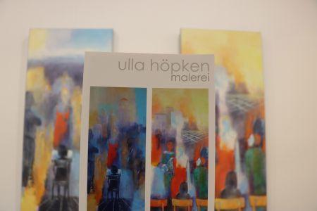 Pressefoto Verschiedene Werke der Malerin Ulla Höpken sind noch bis Sonntag, 26. Mai, im Rathaus ausgestellt.