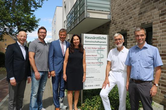 Sie freuen sich über die Komplettierung der Maybacher Heide: Dr. Wolfgang Höper, Achim Ulrich, Christoph Tesche, Susanne Marzoll, Dr. Klaus Schnittert und Dr. Rüdiger Hallerbach.