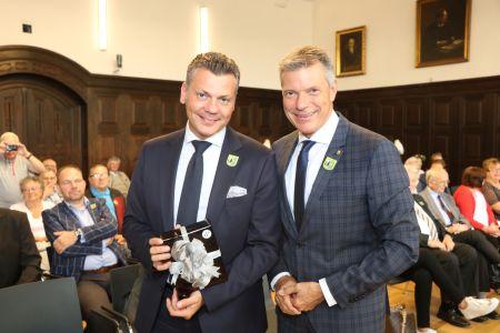 Bürgermeister Christoph Tesche begrüßte den neuen Bytomer Stadtpräsidenten Mariusz Wolosz beim offiziellen Empfang im Rathaus. Foto Stadt RE