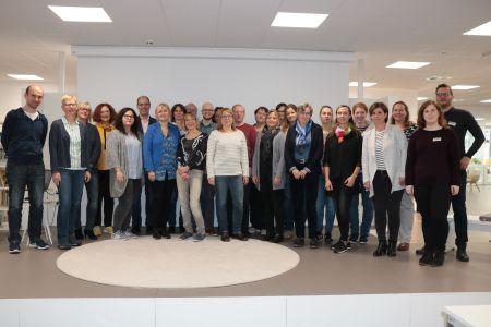Pressefoto - 33 Bibliotheks-LeiterInnen waren am Montag in der Stadtbibliothek Recklinghausen zu Gast bei der Regionalen Bibliothekskonferenz des Regierungsbezirks Münster.