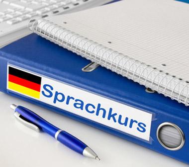 Bild: Deutschkurs, Foto: PhotoSG, fotolia.com