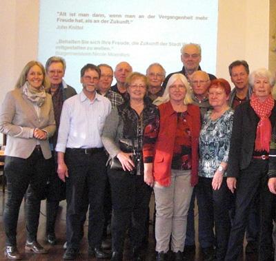 Auf dem Bild: Die Mitglieder des Seniorenbeirates mit Bürgermeisterin und Wahlleiterin Nicole Moenikes am 12.02.2015