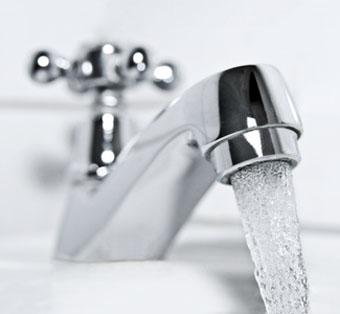 Bild: Versorgung mit Trinkwasser (Derivat), (c) Eisenhans, fotolia.com
