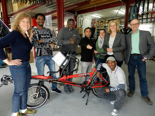 Flüchtlinge als Praktikanten bei Hase-Bikes
