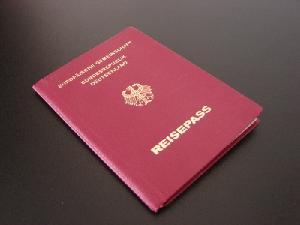 Reisepass, Foto: stromie, pixelio.de