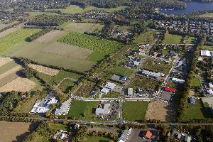 Schrägaufnahme des Gewerbegebietes (Luftbild Copyright H. Blossey, 2009)