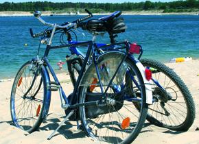 Bild von Fahrrädern am SilberseeII Foto stadtagentur