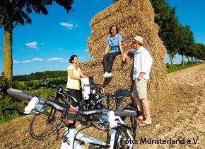 Bild Rast einer Radgruppe Foto Münsterland e.V.
