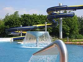 Das Freibad mit Wasserrutsche in Waltrop