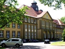 Das Bild zeigt das Rathaus der Stadt Datteln.