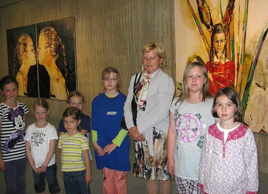 Das Bild zeigt die Teilnehmer der Jugendkunstschule