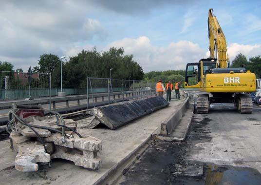 Das Bild zeigt die Baustelle auf der Europabrücke