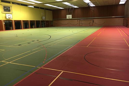 Das Bild zeigt die Sporthalle Rentfort-Nord