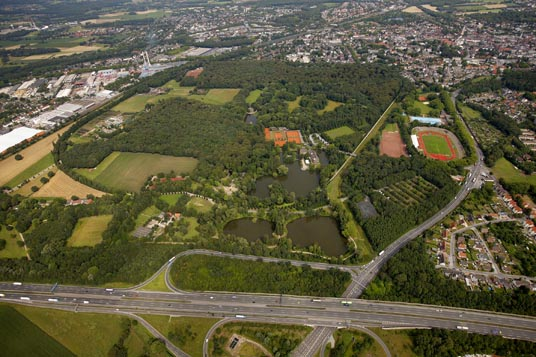 Das Bild zeigt eine Luftaufnahme von Wittringen