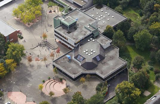 Das Bild zeigt die Erich-Kästner-Realschule