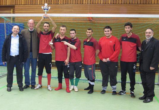 Das Bild zeigt die Siegermannschaft