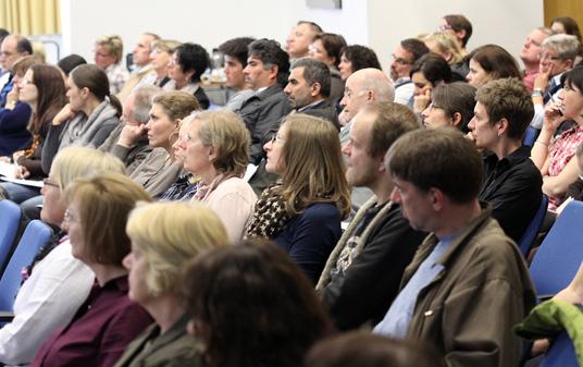 Das Bild zeigt die Stadtbildungskonferenz