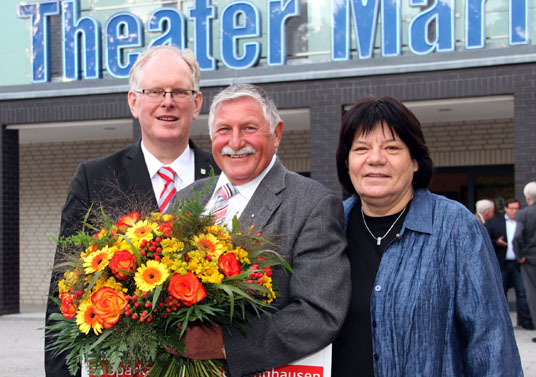 Das Bild zeigt die Preisträger