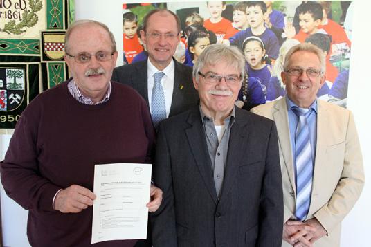 Das Bild zeigt den Vorstand des Seniorenbeirats