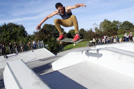 Das Bild zeigt den Skaterpark