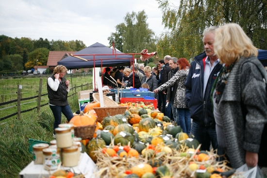 Quelle: Agentur Kelch - Impression vom Bauernmarkt in Hochlar