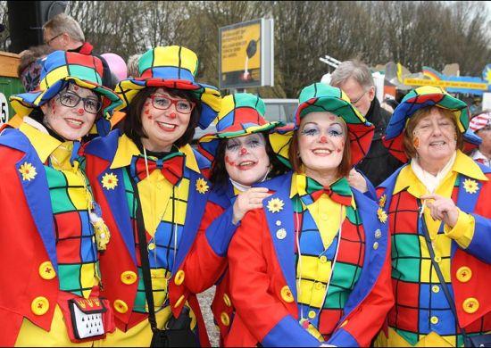 Frauen in Karnevalskostümen, Foto: Carnevalkomitee Vest-Recklinghausen