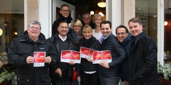 Gastronomen und Vertreter der Stadt Recklinghausen stellten die neue Aktion der netten Toilette vor.