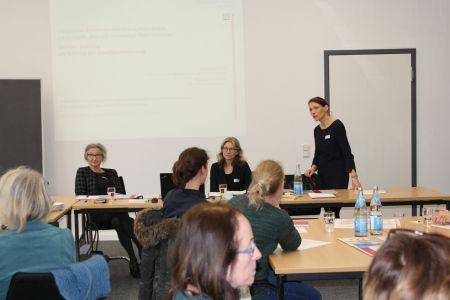v. l.: Barabara Zibell, Ingrid Heineking (beide StadtUmland), Ilona Kalnik-Franke (Gleichstellungsstelle)