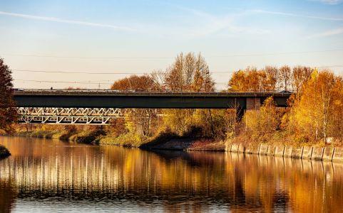 A43-Kanalbrücke-von-Osten