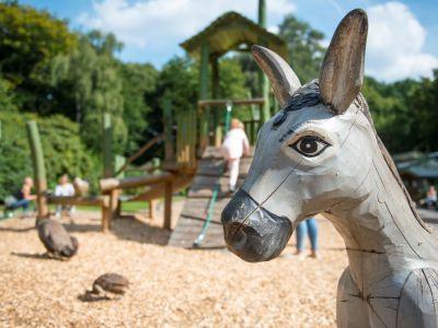 Die Maskenpflicht im Tierpark fällt größtenteils weg.