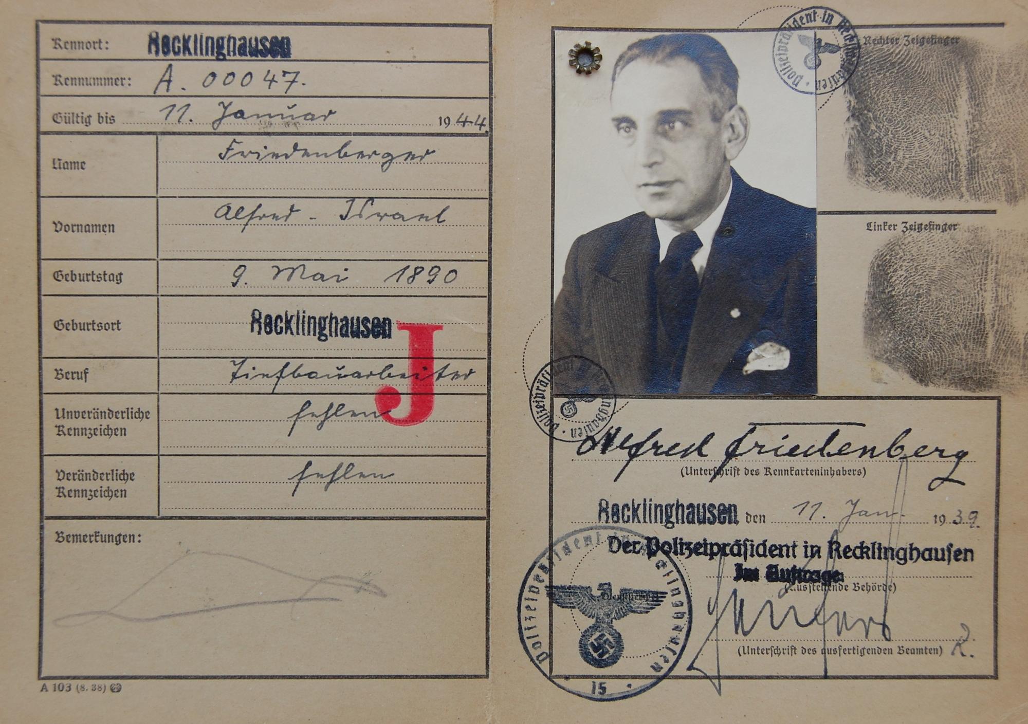 Kennkarte für Alfred Friedenberg (Foto: Archiv Georg Möllers)