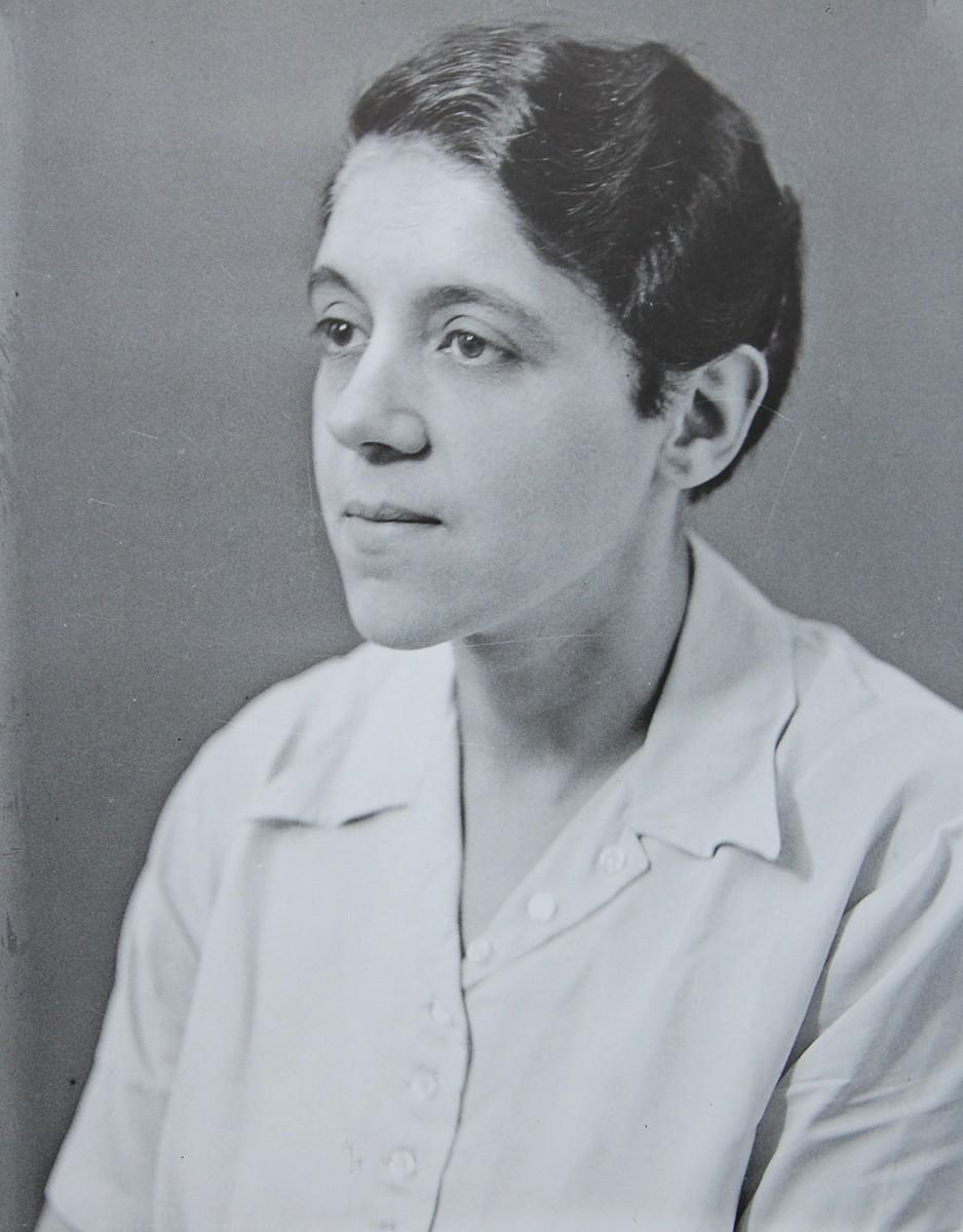 Minna Aron, geb. Saalberg, ca. 1938 (Foto Weberskirch/Kordes)