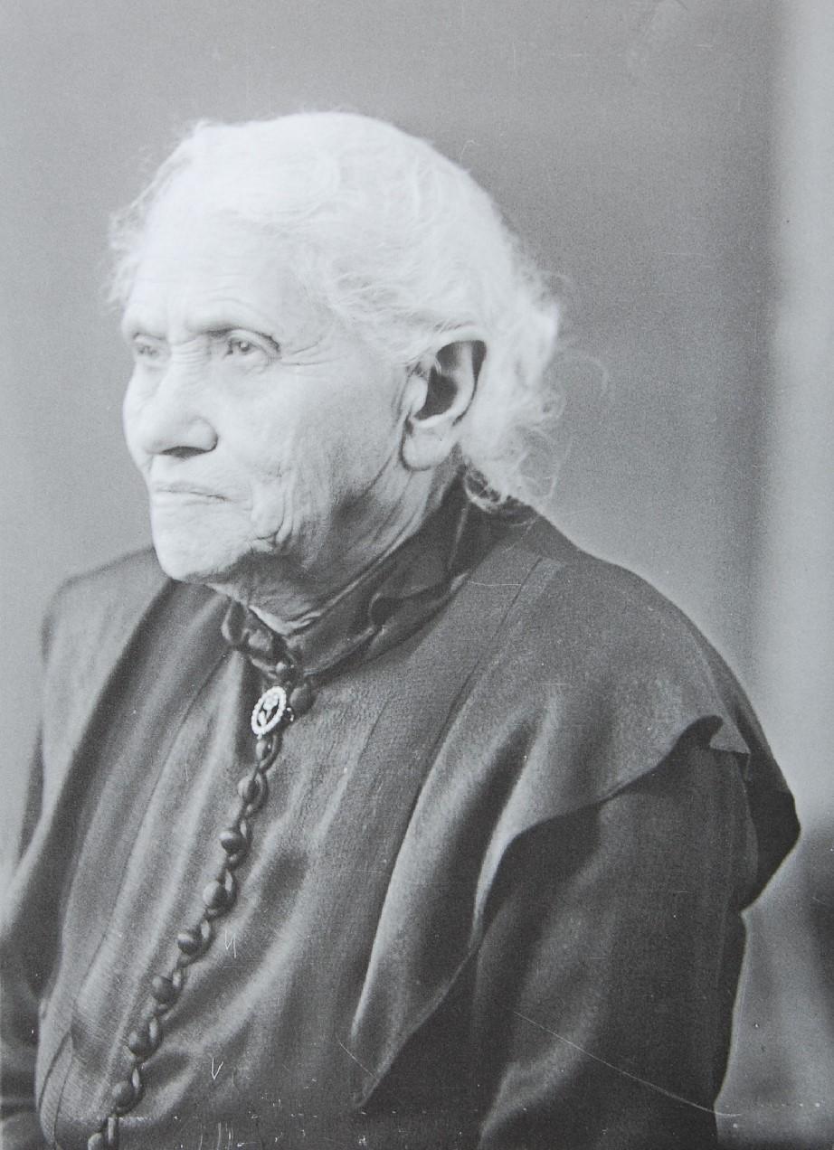 Eva Pander, geb. Jacobi, ca. 1938. Foto: Weberskirch, Kordes