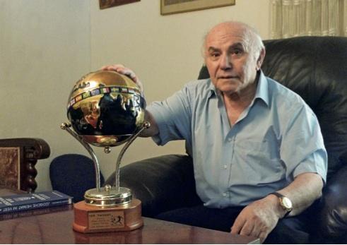 Eddy Schaffer in seiner Wohnung in Ramat Hasharon, Juli 2011