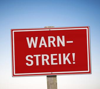 Auf dem Bild: Warnstreik-Schild. Foto: kamasigns, fotolia.com