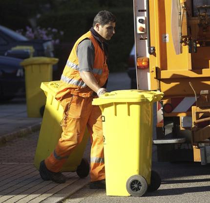 Auf dem Bild: gelbe Werkstofftonne