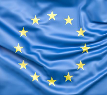 Auf dem Bild: EU-Flagge; © www.slon.pics via freepik.com