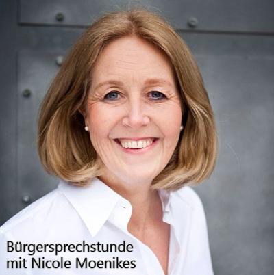 Auf dem Bild: Bürgermeisterin Nicole Moenikes. Schrift im Bild: Bürgersprechstunde mit Nicole Moenikes.