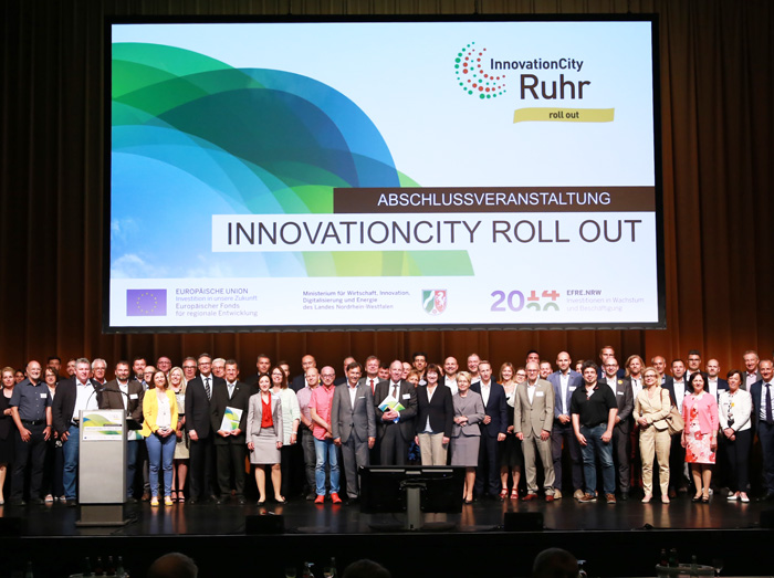 Auf dem Bild (v.l.n.r.): Abschlussveranstaltung des InnovationCity-Projekts in Herne. Foto: Innovation City Roll Out Ruhr