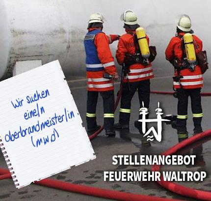 Auf dem Bild: Feuerwehr bei Löscharbeiten.