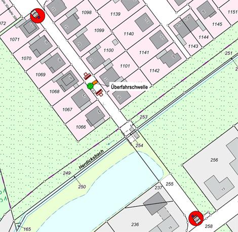 Auf dem Bild: Karte mit Baustellenmarkierungen.