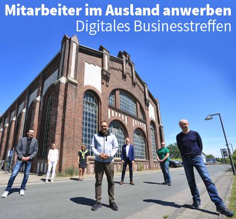 Auf dem Bild: Wirtschaftsförderer Burkhard Tiessen und die Organisatoren des Digitalen Businesstreffens