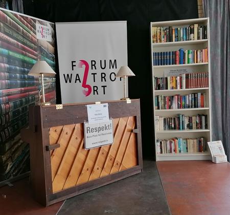 Auf dem Bild: Die Bühne im Foyer des Hauses der Bildung Kultur. Foto: Stadt Waltrop